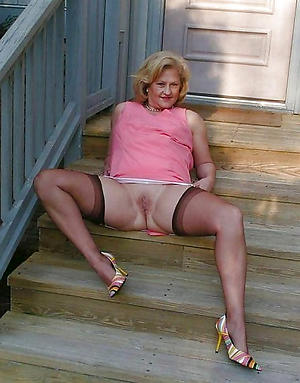xxx pictures of sexy granny hither stockings