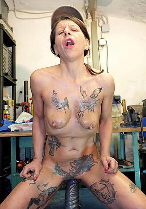 tattoed column nude amateur pics
