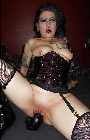 tattoed women nude sex pics