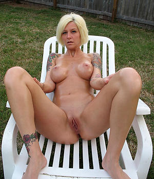 naked women with tattos free pics