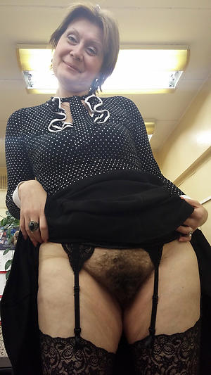hotties adult milf upskirt