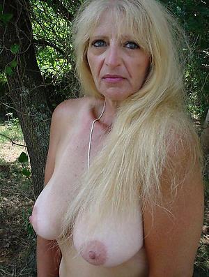 nude blonde mature granny