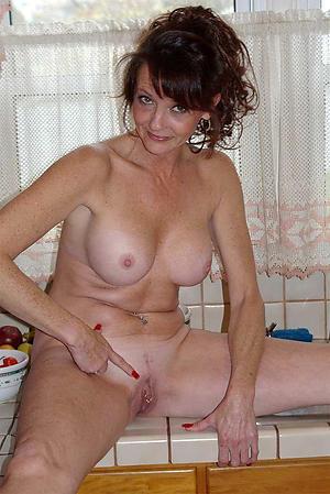 granny moms free pics