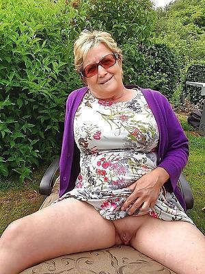 solo granny porn private pics