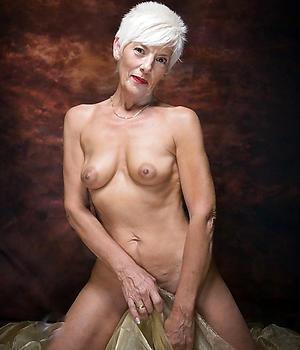 beautiful hairy women love posing nude