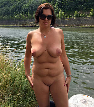 beautiful muted women porn pics