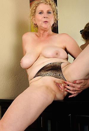 beautiful crestfallen women love posing nude