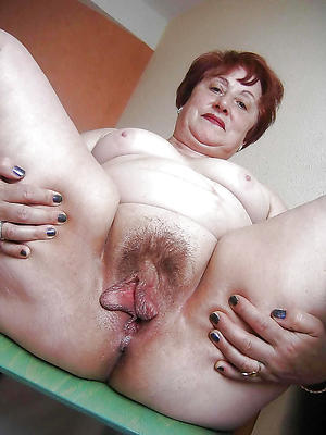 naked mature cunts pictures