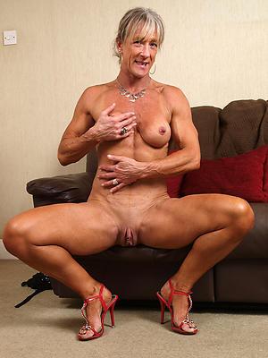 nude pics of older column porn