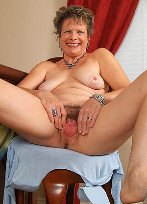 single old lady amateur pics