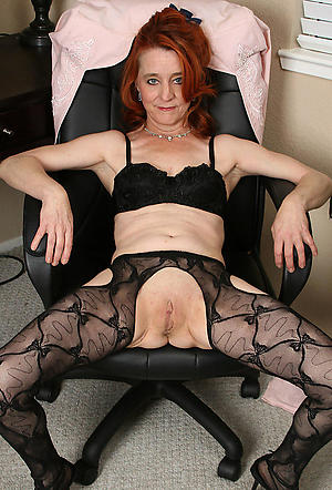 full-grown hairy vaginas posing nude