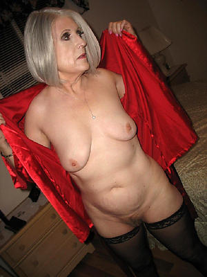 beautiful horny mature ladies