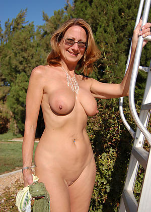 nude pics be proper of mature redhead xxx