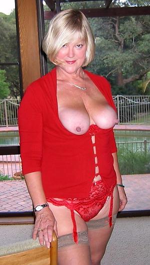 mature amateur mom sex pics