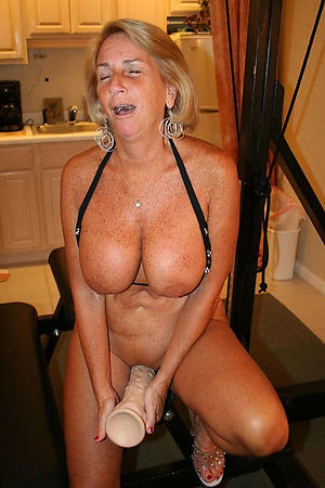 busty naked mature cougars