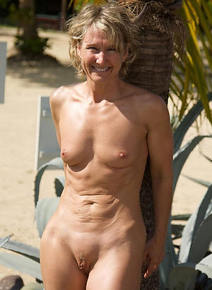nude pics of amateur naked grannies