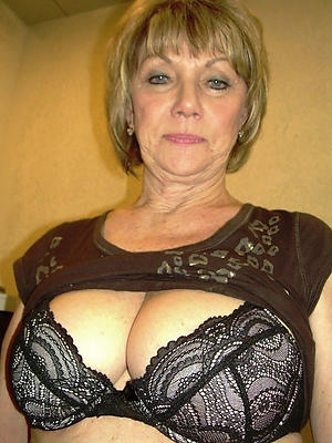 busty age-old mature wife pussy