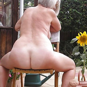 nude pics of big ass granny