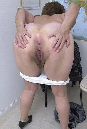 naked big ass granny pics