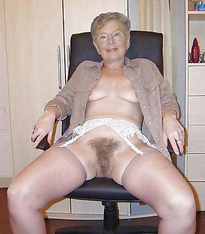 sexy hairy granny pussy nude pics