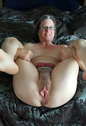 naked grannies with glasses homemade pics