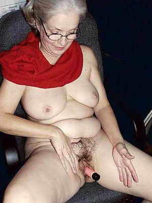 hotties grannies with glasses