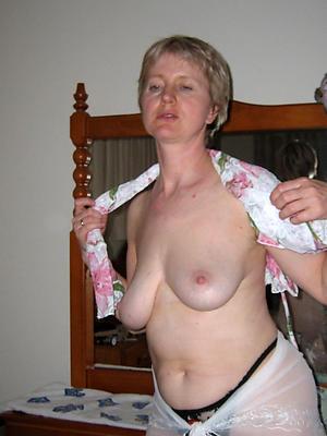 slutty mature saggy tits pics