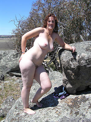 crazy mature outdoor pussy porn pic