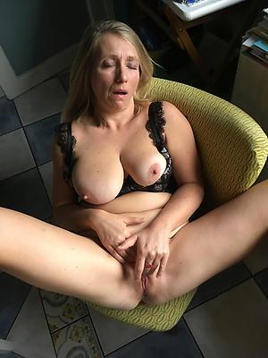 hotties xxx old woman nude pics