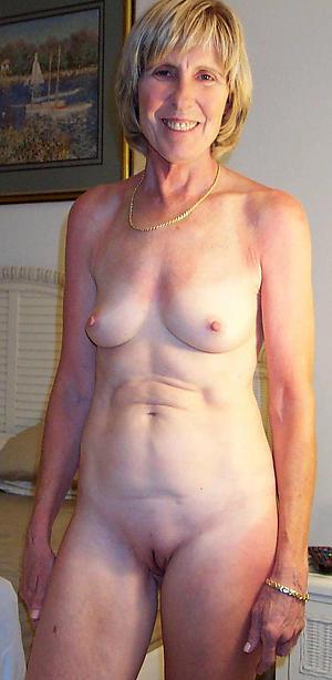 sex galleries of granny round aphoristic tits