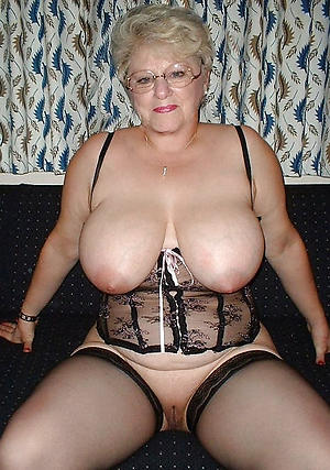 naked shaved granny pussy pic