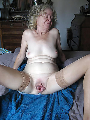 shaved granny cunt lovemaking gallery