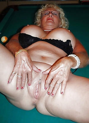old granny shaved pussy free pics