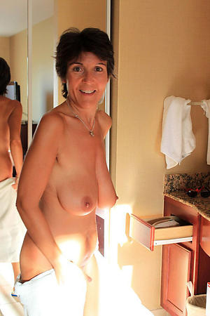 nude pics of beautiful older women