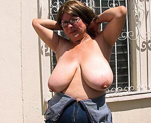 older women boobs free pics