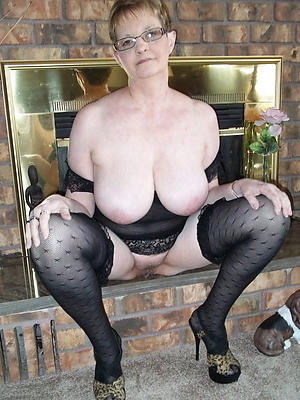 nude pics of older women boobs