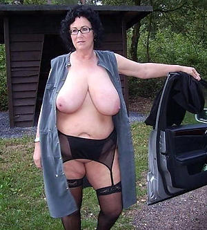older women with broad in the beam boobs porn pics
