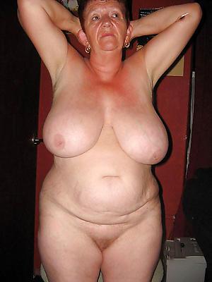 older battalion with big boobs amateur pics