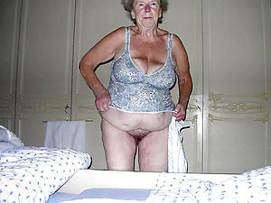 very old granny amateur pics
