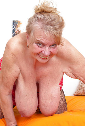 dabbler naked very old grannies porn pic