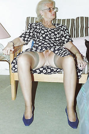 naked very old grannies free pics