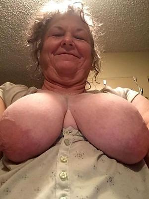 older women nude selfshots posing nude
