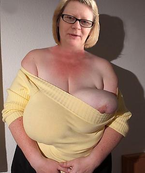 older women to big nipples love porn