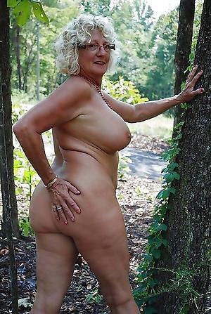 free pics of older column girlfriend