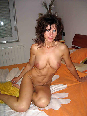 sexy old full-grown housewifes free pics