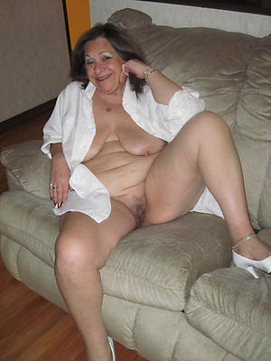 nice granny mature housewife pussy pic