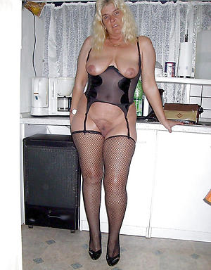 beautiful old housewife porn pic