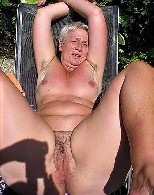 older nude grannys free pics