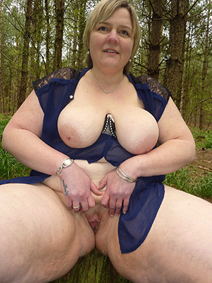 older lady pussy private pics