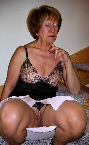 xxx pictures of old granny upskirt
